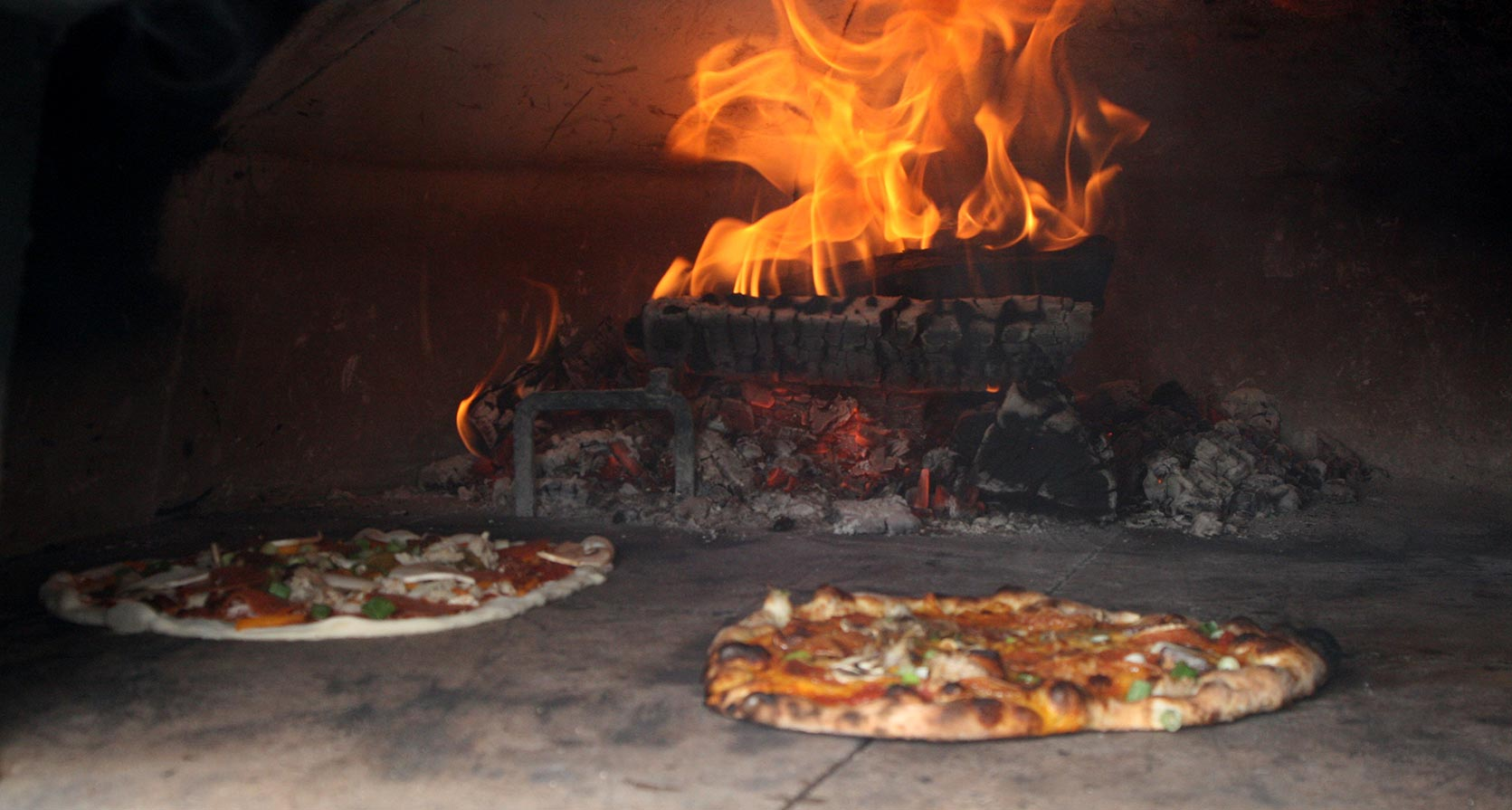 Log Home Wood Fired Pizza